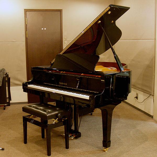 HMVP大手町スタジオピアノ